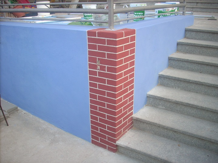 The faux brick pillar